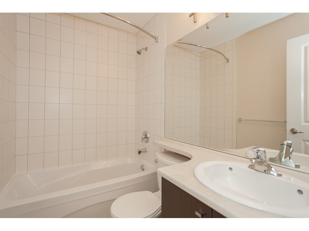 "Photo 12: 55 18777 68A Avenue in Surrey: Clayton Townhouse for sale in ""Compass"" (Cloverdale)  : MLS® # R2118322"