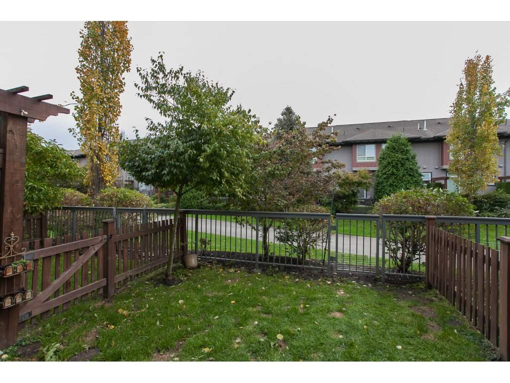 "Photo 13: 55 18777 68A Avenue in Surrey: Clayton Townhouse for sale in ""Compass"" (Cloverdale)  : MLS® # R2118322"