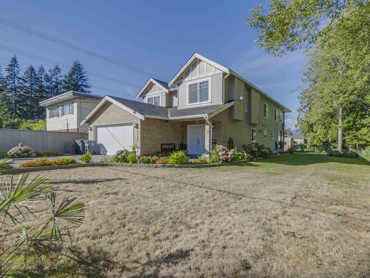 Main Photo: 14215 MELROSE Drive in Surrey: Bolivar Heights House for sale (North Surrey)  : MLS®# R2130910