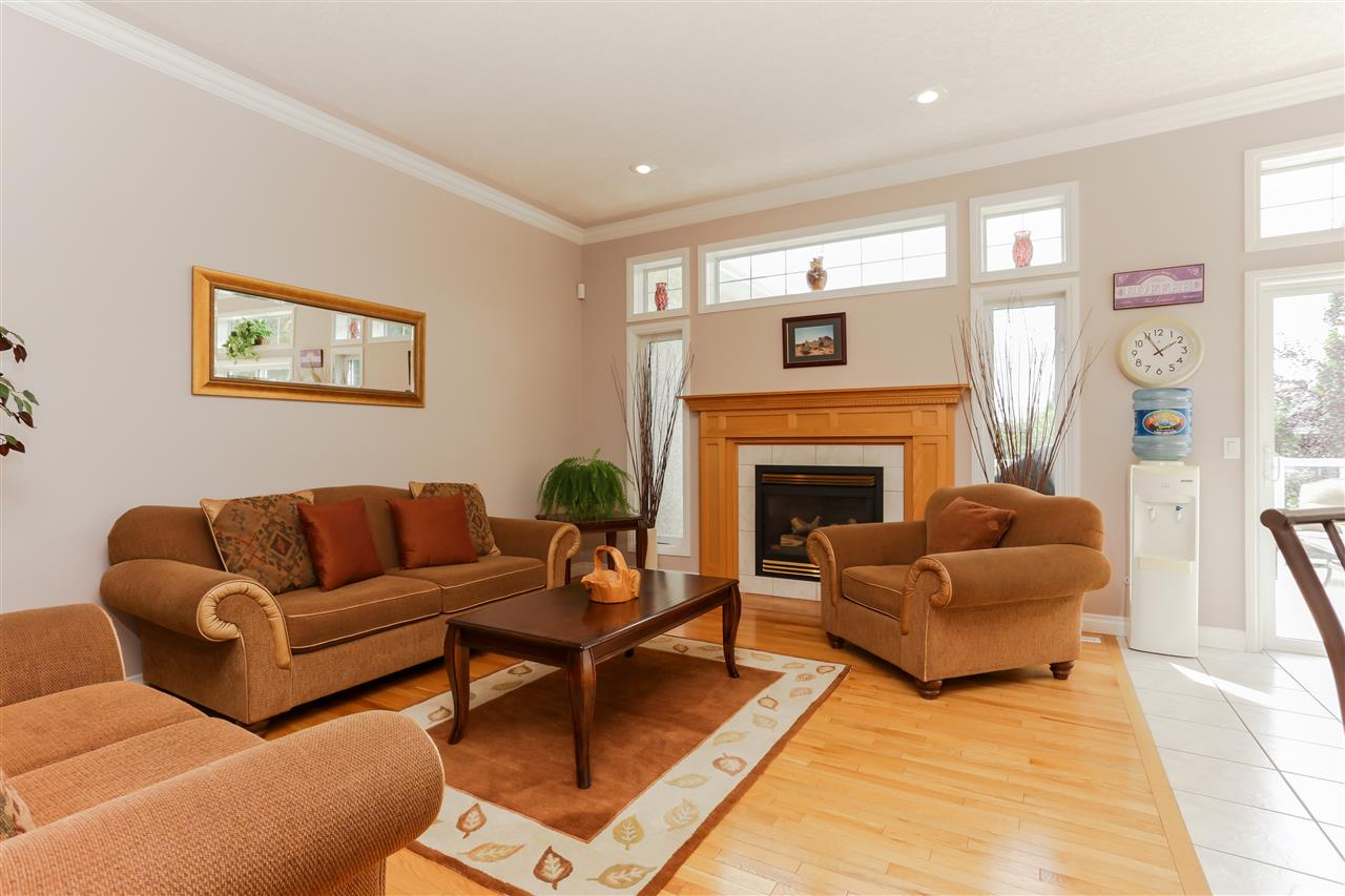 Photo 9: 351 HERITAGE Drive: Sherwood Park House for sale : MLS(r) # E4054311