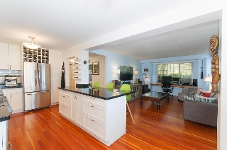 "Main Photo: 101 1004 WOLFE Avenue in Vancouver: Shaughnessy Condo for sale in ""ALVARADO"" (Vancouver West)  : MLS®# R2145911"