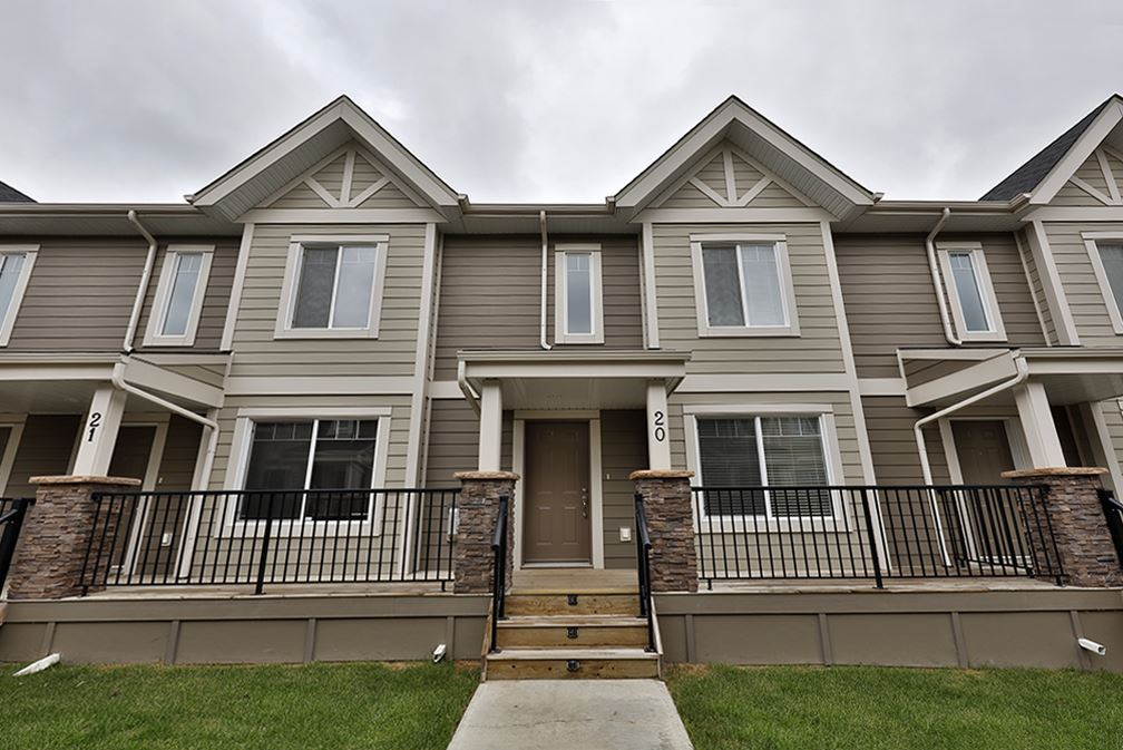 Main Photo: 20 1150 WINDERMERE Way in Edmonton: Zone 56 Townhouse for sale : MLS(r) # E4070404