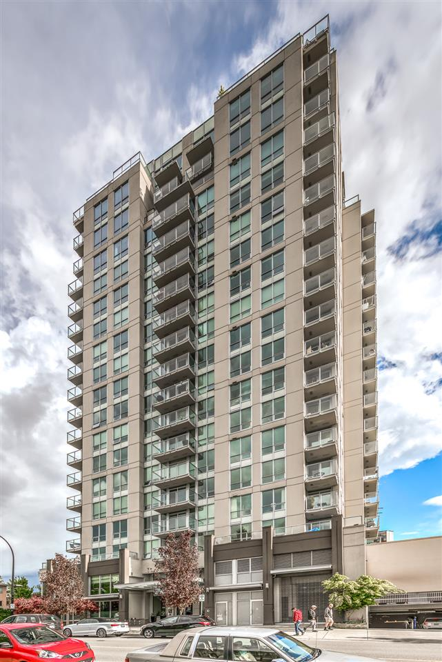 "Main Photo: 1701 135 E 17TH Street in North Vancouver: Central Lonsdale Condo for sale in ""LOCAL ON LONSDALE"" : MLS® # R2189503"