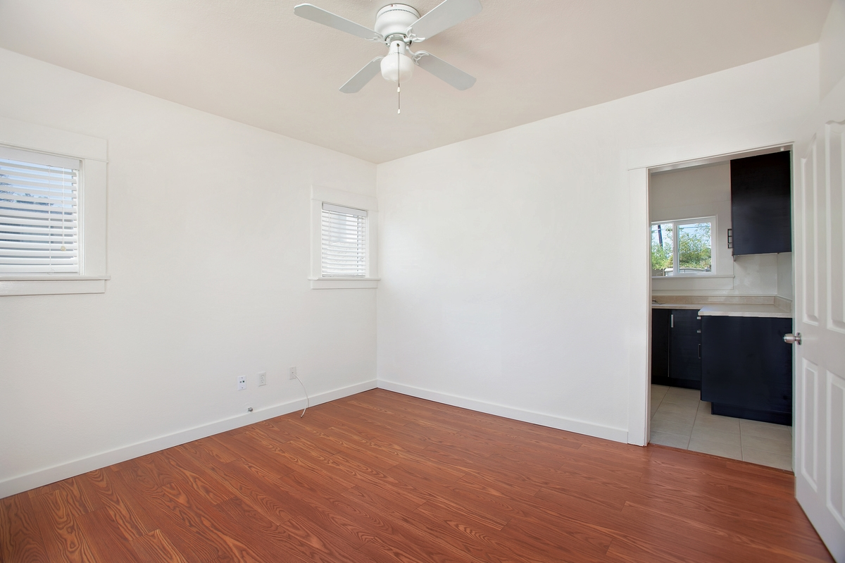 Photo 4: NORTH PARK Condo for rent : 1 bedrooms : 3852 Wilson in San Diego