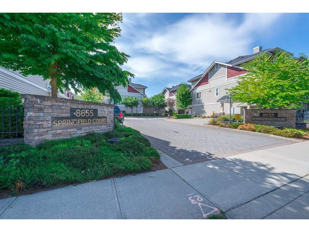 "Main Photo: 26 8655 159 Street in Surrey: Fleetwood Tynehead Townhouse for sale in ""Springfield Court"" : MLS® # R2197581"
