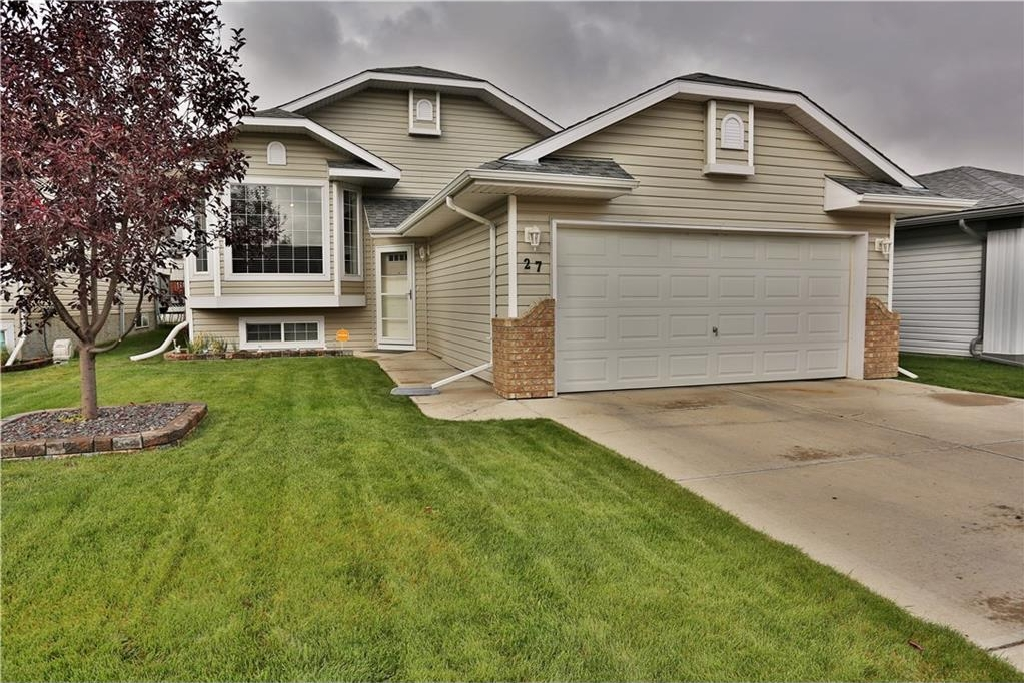 Main Photo: 27 WILLOWBROOK Crescent NW: Airdrie House for sale : MLS® # C4138144