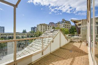 Main Photo: 202 1871 MARINE Drive in West Vancouver: Ambleside Condo for sale : MLS® # R2215788