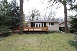 Main Photo: 306 Wildwood Park in Winnipeg: Wildwood Single Family Detached for sale (1J)  : MLS® # 1728410