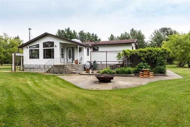 Main Photo: 51004 Range Road 73: Rural Parkland County House for sale : MLS®# E4127350