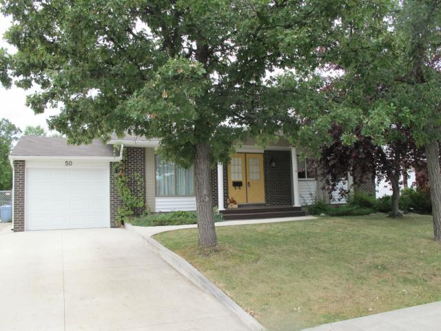 Main Photo:  in WINNIPEG: Charleswood Residential for sale (South Winnipeg)  : MLS® # 1117076