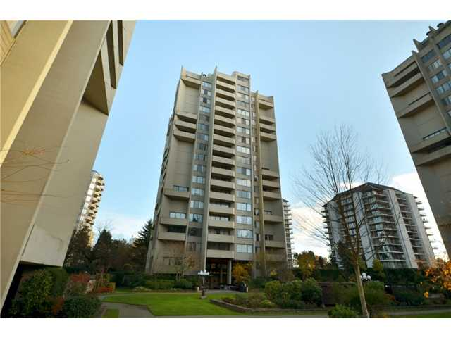 "Photo 1: 1110 4300 MAYBERRY Street in Burnaby: Metrotown Condo for sale in ""TIMES SQUARE"" (Burnaby South)  : MLS(r) # V921816"