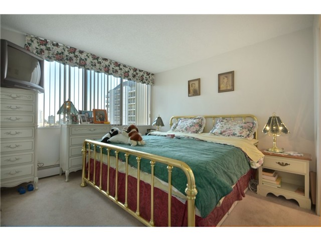 "Photo 5: 1110 4300 MAYBERRY Street in Burnaby: Metrotown Condo for sale in ""TIMES SQUARE"" (Burnaby South)  : MLS(r) # V921816"
