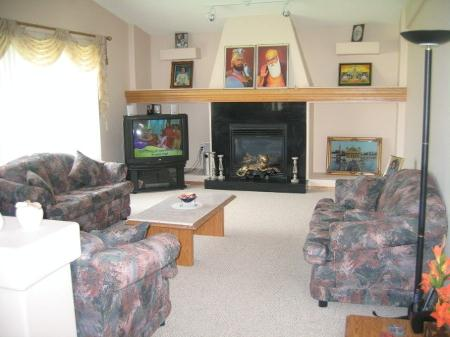 Photo 3: Photos: 68 Santa Fe Dr.: Residential for sale (Mandalay West)  : MLS® # 2714417