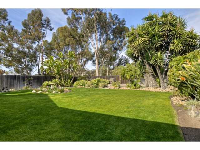 Main Photo: SAN DIEGO House for sale : 3 bedrooms : 5584 Lone Star Drive