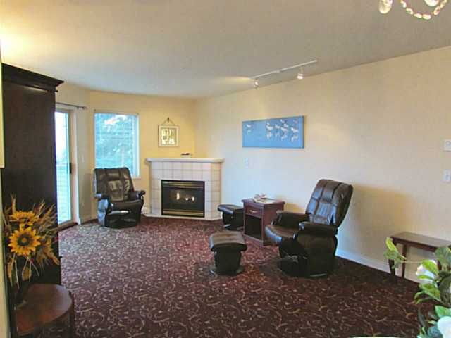 "Photo 2: Photos: 211 5780 TRAIL Avenue in Sechelt: Sechelt District Condo for sale in ""THE BLUFF"" (Sunshine Coast)  : MLS® # V1048744"