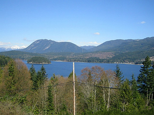 "Photo 3: Photos: 211 5780 TRAIL Avenue in Sechelt: Sechelt District Condo for sale in ""THE BLUFF"" (Sunshine Coast)  : MLS® # V1048744"