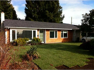 Main Photo: 1552 SOWDEN Street in North Vancouver: Norgate House for sale : MLS(r) # V1106635