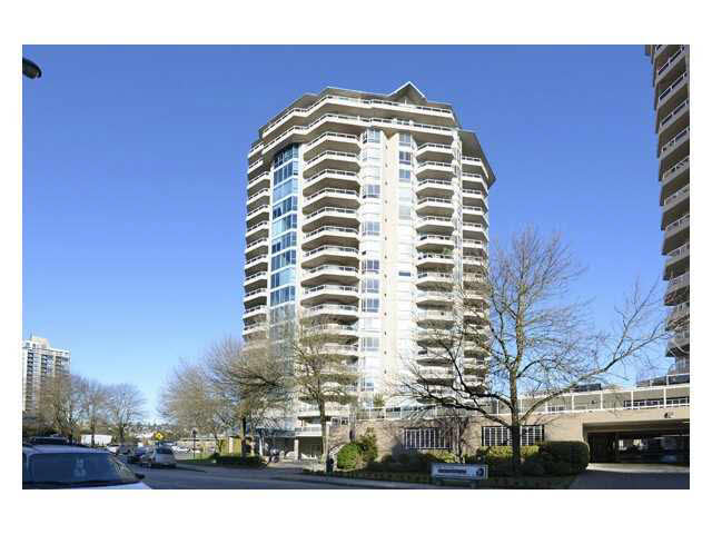 "Main Photo: 605 1245 QUAYSIDE Drive in NEW WEST: Quay Condo for sale in ""THE RIVIERA"" (New Westminster)  : MLS(r) # V1139804"