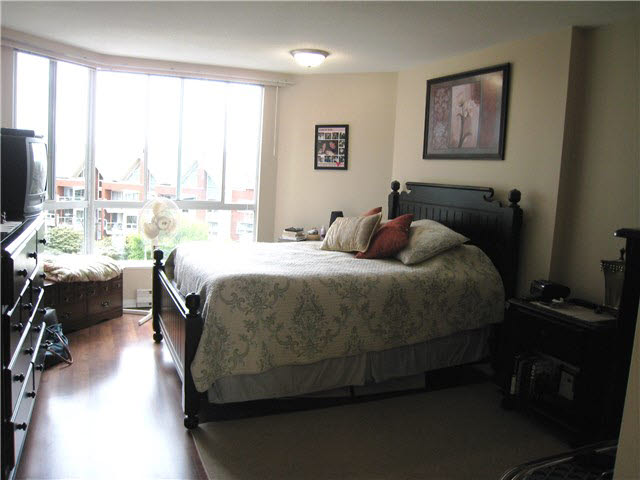 "Photo 9: 605 1245 QUAYSIDE Drive in NEW WEST: Quay Condo for sale in ""THE RIVIERA"" (New Westminster)  : MLS(r) # V1139804"