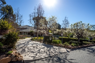 Main Photo: RANCHO SANTA FE House for sale : 4 bedrooms : 7315 Noche Tapatia