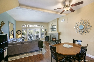 Main Photo: TIERRASANTA Townhome for sale : 2 bedrooms : 11084 Portobelo Dr in San Diego
