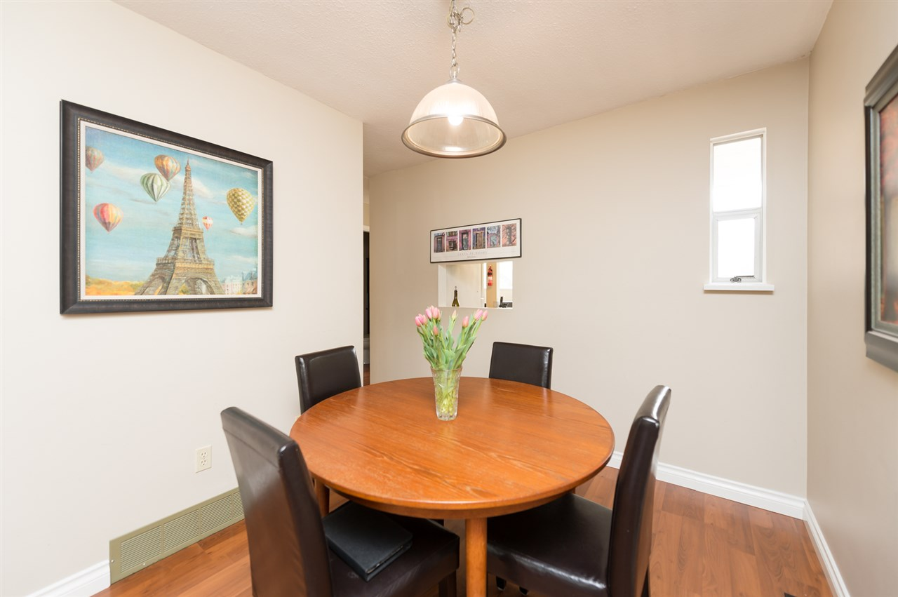 Photo 6: 1535 BEWICKE Avenue in North Vancouver: Hamilton Townhouse for sale : MLS® # R2056313
