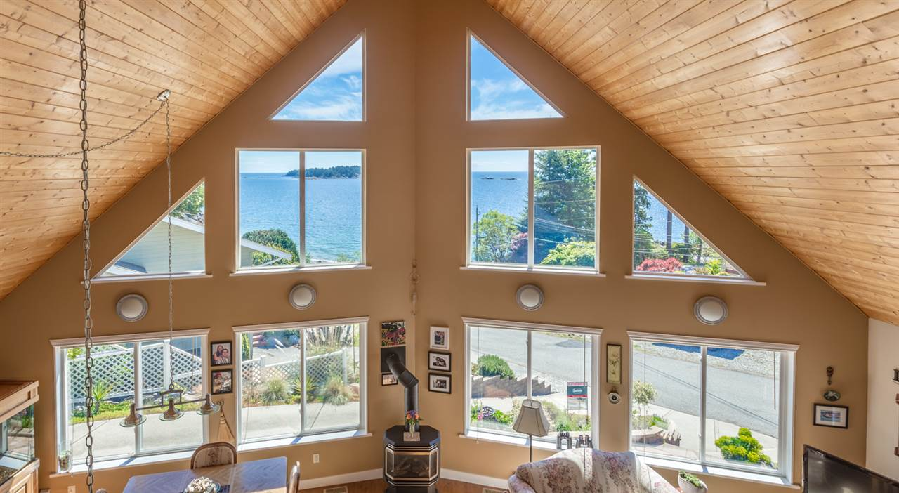 Photo 11: 7064 DALE Road in Sechelt: Sechelt District House for sale (Sunshine Coast)  : MLS(r) # R2065950