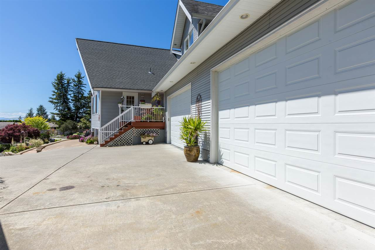 Photo 20: 7064 DALE Road in Sechelt: Sechelt District House for sale (Sunshine Coast)  : MLS(r) # R2065950