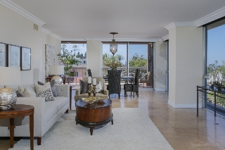 Main Photo: HILLCREST Condo for sale : 2 bedrooms : 3535 1st Avenue #3C in San Diego