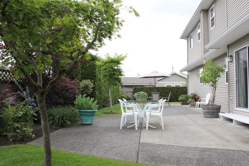 "Photo 15: 4973 217B Street in Langley: Murrayville House for sale in ""Murrayville"" : MLS(r) # R2084333"