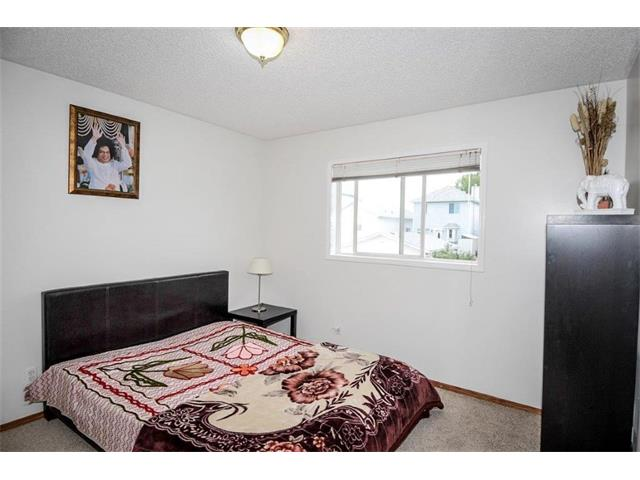 Photo 23: 78 ANAHEIM Green NE in Calgary: Monterey Park House for sale : MLS® # C4073255