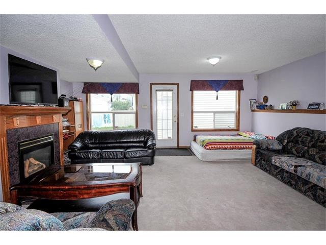 Photo 35: 78 ANAHEIM Green NE in Calgary: Monterey Park House for sale : MLS® # C4073255