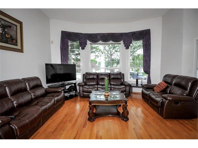 Photo 11: 78 ANAHEIM Green NE in Calgary: Monterey Park House for sale : MLS® # C4073255