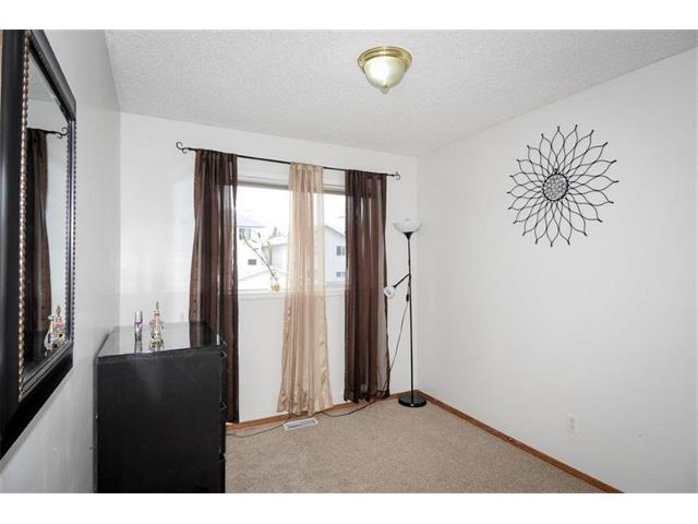 Photo 28: 78 ANAHEIM Green NE in Calgary: Monterey Park House for sale : MLS® # C4073255