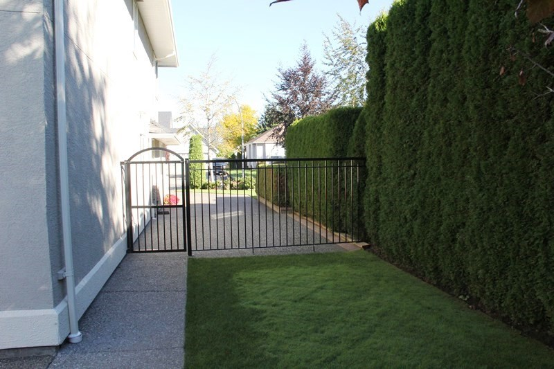 "Photo 17: 21806 45A Avenue in Langley: Murrayville House for sale in ""Murrayville"" : MLS(r) # R2111490"