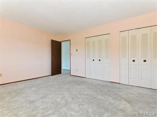 Photo 12: 415 1490 Garnet Road in VICTORIA: SE Cedar Hill Condo Apartment for sale (Saanich East)  : MLS(r) # 370629