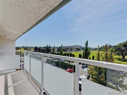 Photo 15: 415 1490 Garnet Road in VICTORIA: SE Cedar Hill Condo Apartment for sale (Saanich East)  : MLS(r) # 370629