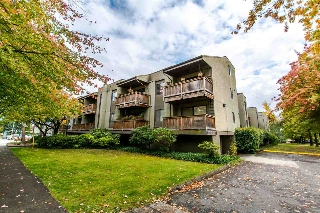 "Main Photo: 220 1202 LONDON Street in New Westminster: West End NW Condo for sale in ""LONDON PLACE"" : MLS(r) # R2114387"