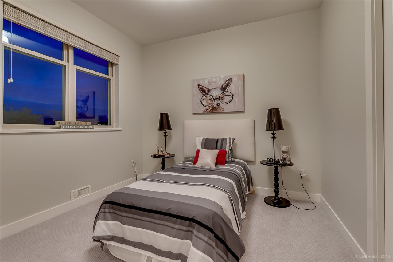Photo 13: 1382 E 17TH Avenue in Vancouver: Knight House 1/2 Duplex for sale (Vancouver East)  : MLS® # R2115245