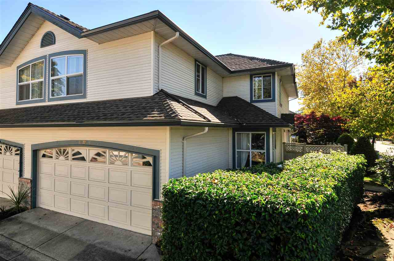 "Main Photo: 22 7330 122 Street in Surrey: West Newton Townhouse for sale in ""Strawberry Hills Estates"" : MLS®# R2115848"