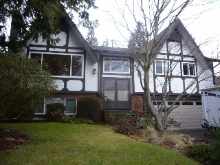 "Main Photo: 14531 18 Avenue in Surrey: Sunnyside Park Surrey House for sale in ""the Glens"" (South Surrey White Rock)  : MLS® # R2132682"