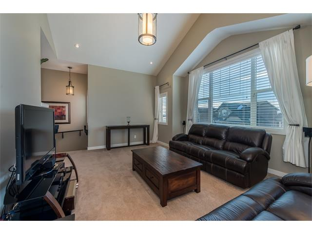 Photo 18: 22 ROCKFORD Road NW in Calgary: Rocky Ridge House for sale : MLS(r) # C4115282
