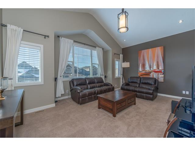 Photo 16: 22 ROCKFORD Road NW in Calgary: Rocky Ridge House for sale : MLS(r) # C4115282