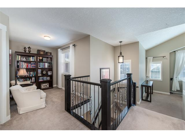 Photo 20: 22 ROCKFORD Road NW in Calgary: Rocky Ridge House for sale : MLS(r) # C4115282