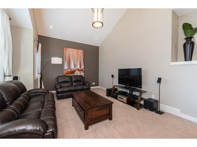 Photo 17: 22 ROCKFORD Road NW in Calgary: Rocky Ridge House for sale : MLS(r) # C4115282