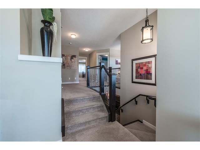 Photo 19: 22 ROCKFORD Road NW in Calgary: Rocky Ridge House for sale : MLS(r) # C4115282