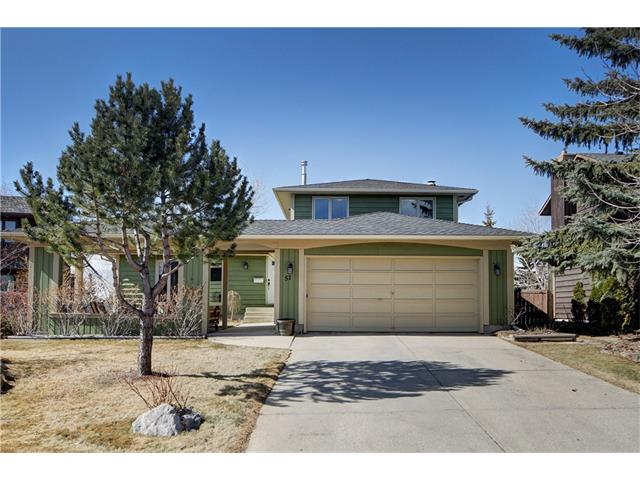 Main Photo: 51 RANCH ESTATES Road NW in Calgary: Ranchlands House for sale : MLS(r) # C4107485