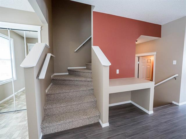 Photo 12: 5863 SUTTER PL NW in Edmonton: Zone 14 House for sale : MLS® # E4076209