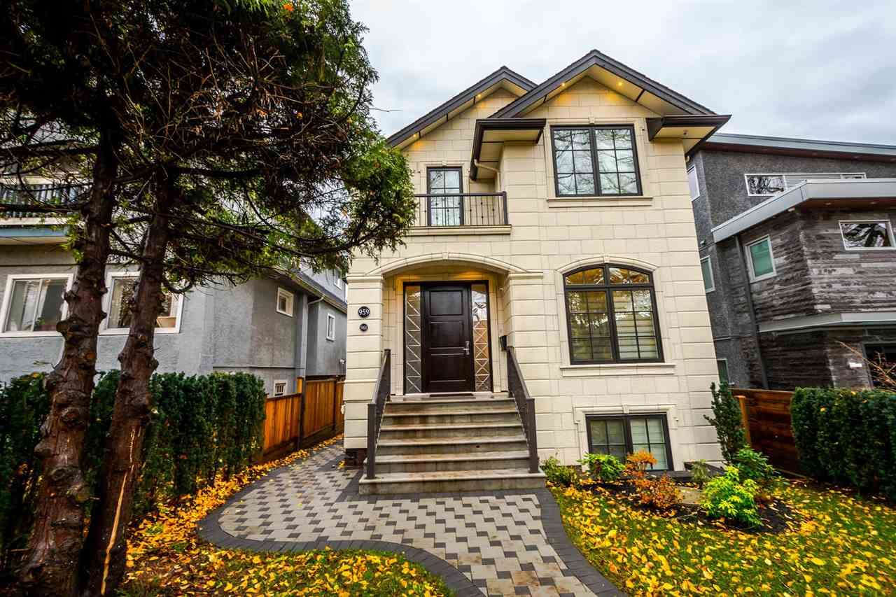"Main Photo: 959 W 23RD Avenue in Vancouver: Cambie House for sale in ""CAMBIE VILLAGE"" (Vancouver West)  : MLS® # R2224397"