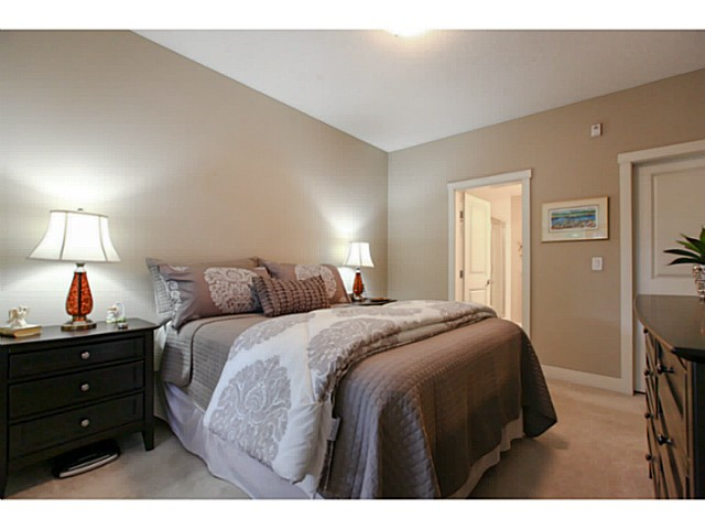 "Photo 16: 110 6500 194 Street in Surrey: Clayton Condo for sale in ""Sunset Grove"" (Cloverdale)  : MLS(r) # F1440693"